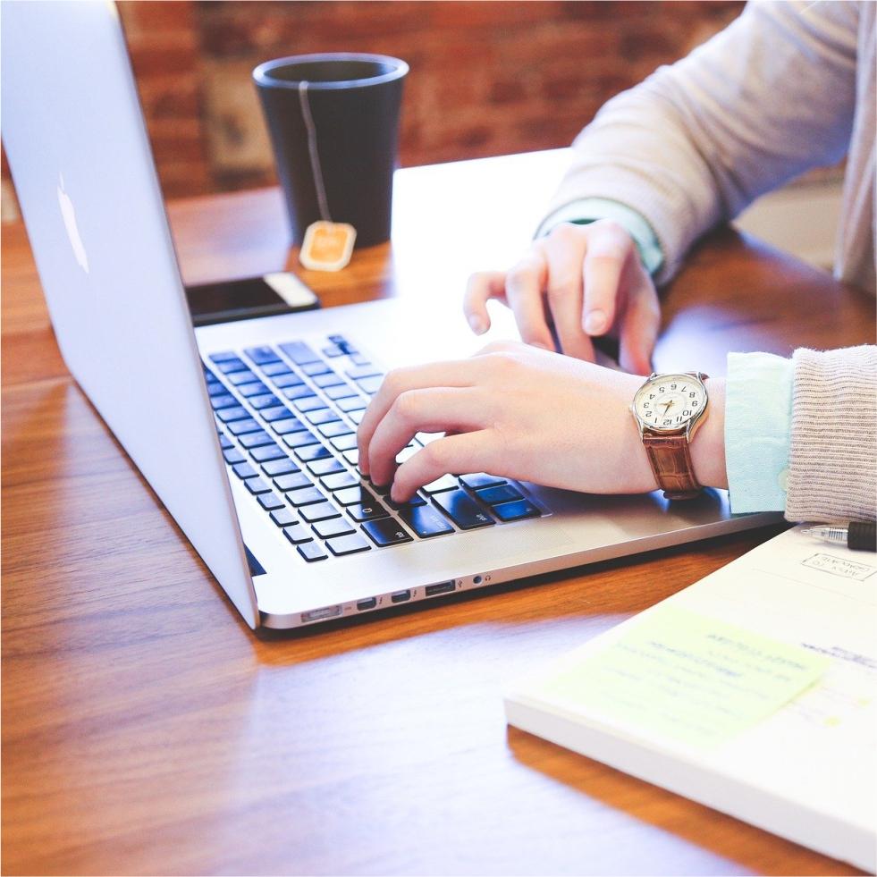 Portfólio Online: Como criar um portfólio freelancer para atrair mais clientes e projetos